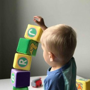 De Correspondent: Scientific insights on baby care